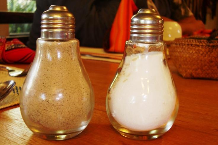 Coach, Psicólogo, Psiquiatra, Sacerdote... se complementan como la sal y la pimienta.